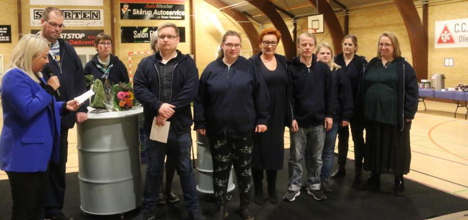 Foto: Overrækkelse af Handicapprisen til Unge for Ligeværd